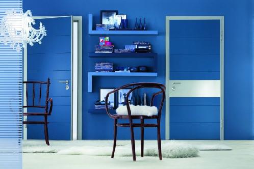 mavi oda, uyumlu oda, boyali kapi