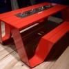 çılgın kırmızı cafe masası